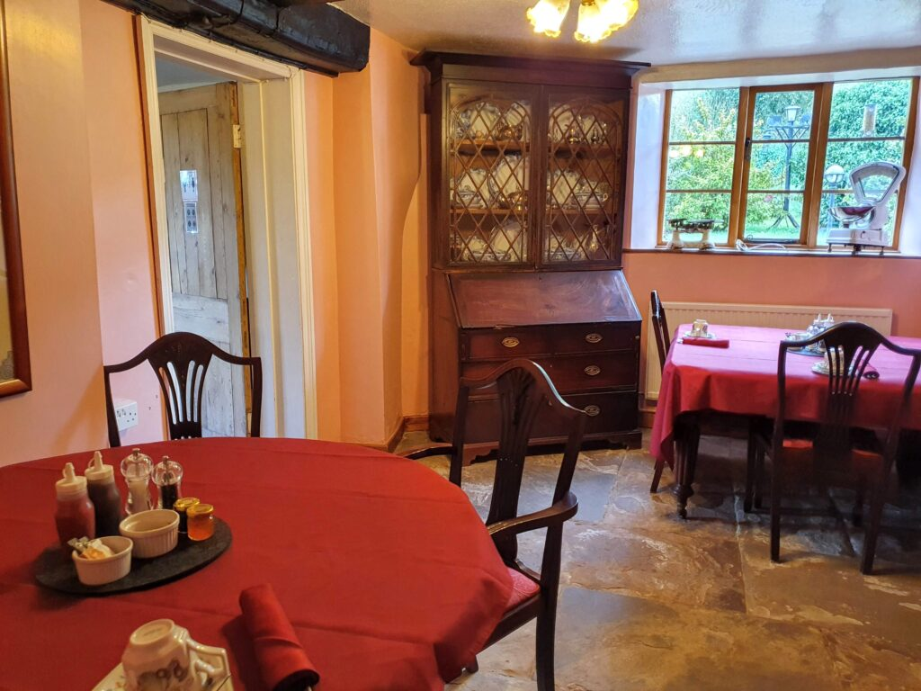 We are open dinning room